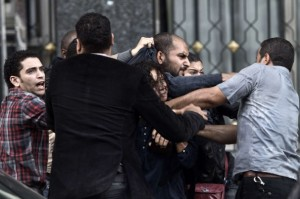 Egypt police arrest protester in Cairo on Nov 25