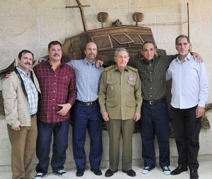 The Cuban Five with Cuban President Raul Castro, Dec 18, 2014