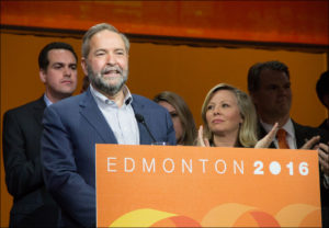Tom Mulcair addresses NDP convention in Edmonton on April 10, 2016 (Flikr Commons)