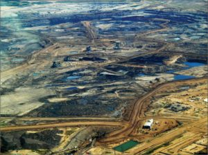 Aerial view of a typical tar sands operation in Alberta (2009 photo by Dru Jay Ojay)