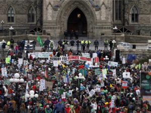 Thousands rally in Ottawa on Nov 29, 2015 for climate justice on eve of world climate conference in Paris (Fred Chartrand, Canadian Press)