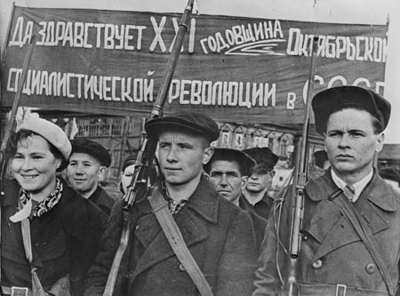 monthly review editor pens valuable essay on the new cold war a  russian revolution of 1917