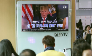 Donald Trump threatens Korea and the world with nuclear weapons