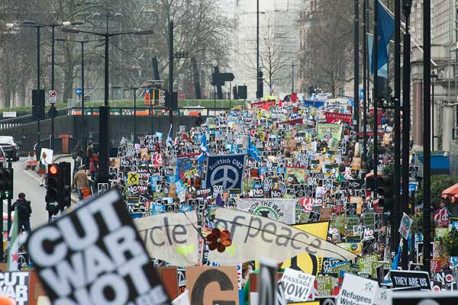 Anti-nuclear weapons protest in London on Feb 27 was largest in decades